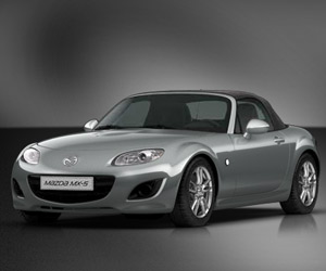 Mazda MX-5 Roadster Coupe 2.0 Sportive AT